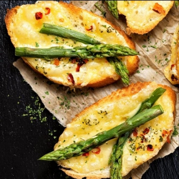 Recipe.VFC.ArtichokeCrostini_upload.jpg